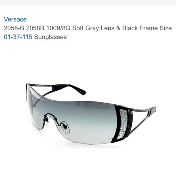 c295d4cfe39c Versace sunglasses. M 5b4c0c713c98444079a7799c